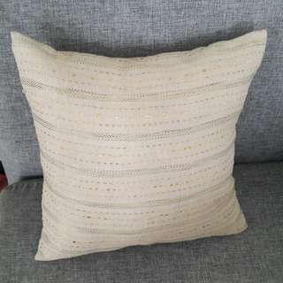 Sarung Bantal tan (50rb 3)