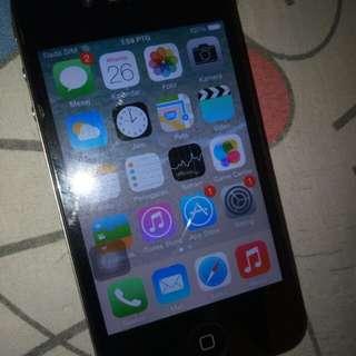iphone 4 16 GB carger saja batre tahan