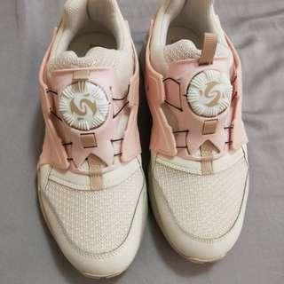 PUMA球鞋(旋轉羅盤系列)