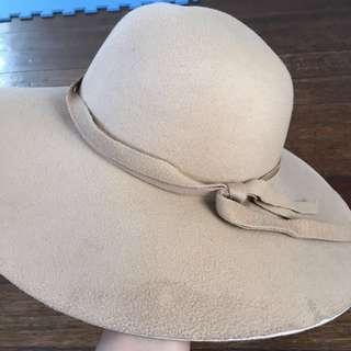 Beige Cartwheel Hat