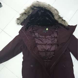 Winter coat with detachable furry lining on the hoodie - Used