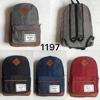 Herschel bagpack  17 inches