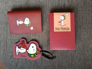 Innisfree X Snoppy passport cover & luggage tags
