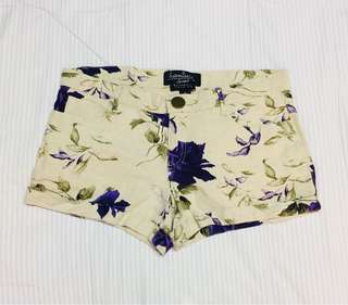 Floral Print Shorts (Purple)