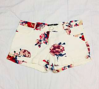 Floral Print Shorts (Red)