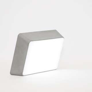 Hyfen - Brick Lamp