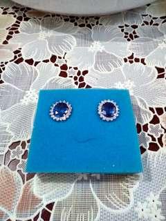 Luxury blue sapphire earrings