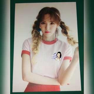 Red Velvet Wendy Red Summer Postcards Set