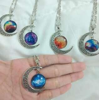 🎈Galaxy Moon Necklaces