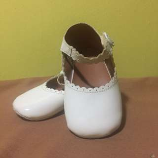 #Letgo4raya Preloved pre-walker shoe