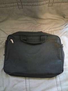 手提電腦袋 1