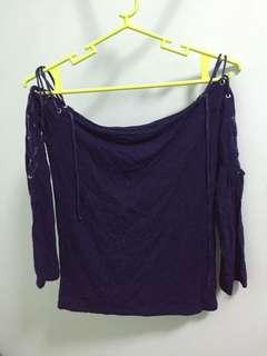 Off shoulder knotted top