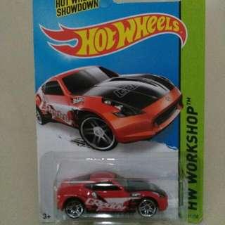Hotwheels Nissan 350z Red