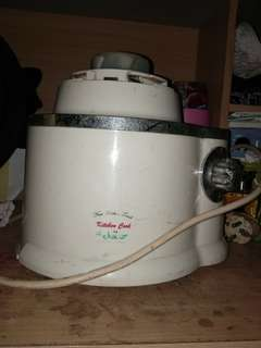Mesin juicer