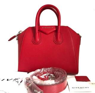 NBU GIVENCHY Mini Antigona Red Grained 2017 • Comes with long strap booklet & dust bag @15,8jt