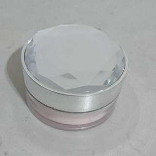 Beauty maker 冰紛淨白水蜜粉