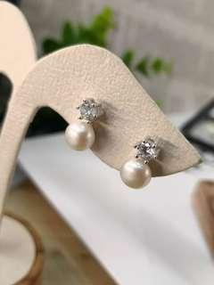 🚚 🆕🆕🆕❤️🇰🇷新貨到🇰🇷❤️🆕🆕🆕 韓系輕珠寶設計 #經典六爪鑲單鑽珍珠耳環 👍👍限量特價$1500/ 天然珍珠 整個925純銀製,不過敏