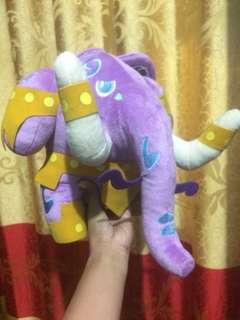 Boneka gajah Heroes