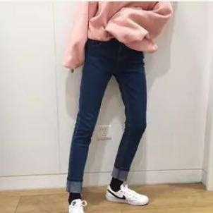 🚚 深藍牛仔褲