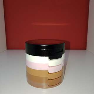 ELLEN TRACY FACE SCULPTING POWDER TOWER.  Ada higlighter, blush, contour dan kaca