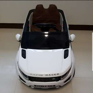 Electric Car with Rocking Function