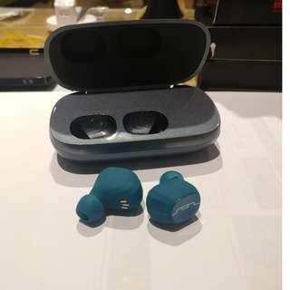 True Wireless Earbuds TWS by Sol Republic