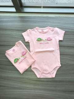 全新 LBB刺繡(18M)肩扣包屁衣 嬰兒連身衣 爬服 刷毛 兔裝,非背心 T恤 洋裝 外套 T恤