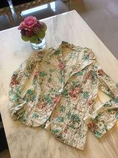 🚚 蕾絲花朵西裝外套