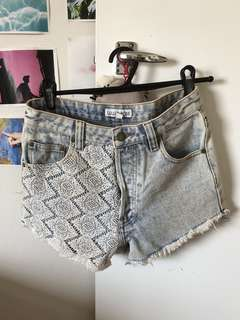 Shorts top shop size Au 6-8 small LULU & ROSE