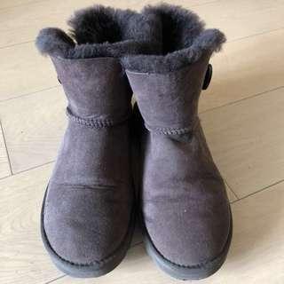 極新真品Ugg boots size 39購自sogo有單