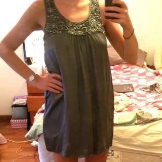 Forever new silk dress 100% gray charcoal