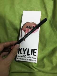 Kylie Exposed lip liner