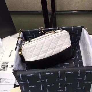 Chan*l Sling Bag 💕