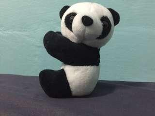 Panda(magnetic at the hand)