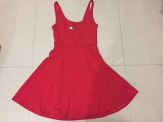 selling this cute h&m  red dress