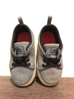 Preloved Nike SB Toddler Shoes
