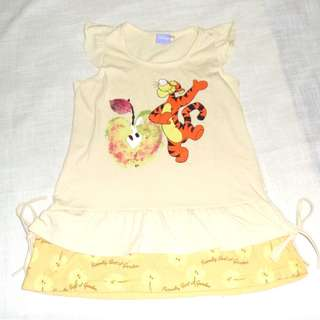 Charity Sale! Authentic Disney T-Shirt Size Large Girls Around Size 7