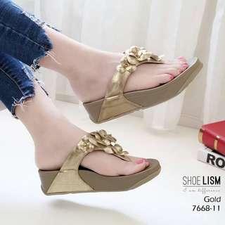 Style flipflop sandals