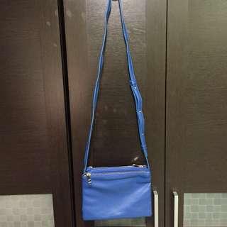 🚚 寶藍色三層可拆斜背包