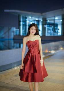 Red Silky Evening Midi Dress (Rent)