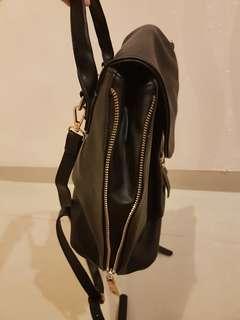 Something Borrowed by zalora bagpack #horegajian