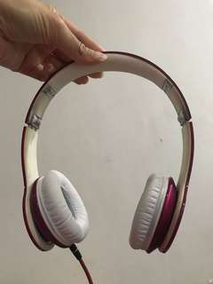 Beats by dre first gen (PINK COLOR)