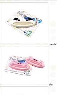 BN: toothpaste squeezer (panda/frog/monkey/yellow cat)