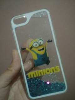 Cashing minion 3D water iphone 5s