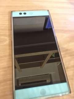 🚚 羅賓手機 (只拆封盒子 充電器都在