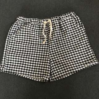 Checkered Cotton Shorts with side pocket