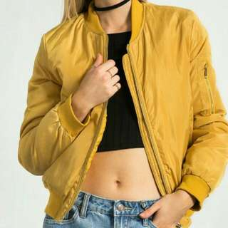 LOOKING FOR:A Mustard Yellow Bomber Jacket 💛