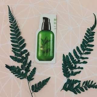 Innisfree green tea seed serum (sample size)