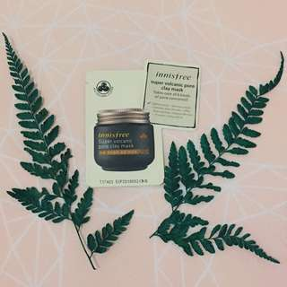 Innisfree super volcanic pore clay mask (sample size)