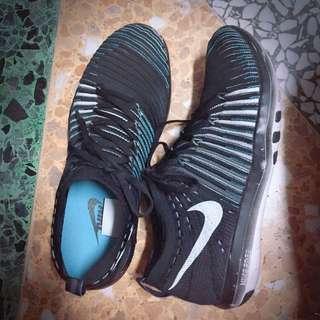 🚚 Nike 訓練鞋